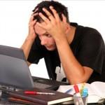 頭痛と吐き気と肩こりの症状が続く原因は目?眼精疲労に注意!