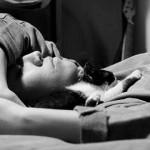 夜中寝ている時に胃や腹痛がする時は注意!十二指腸潰瘍かも!